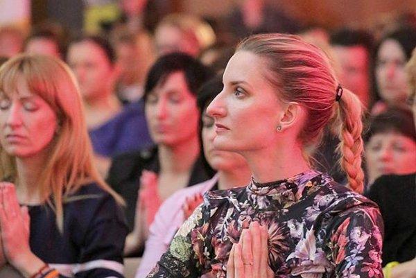 Adela v Košiciach. Je ukážkou silnej a vyrovnanej ženy. Nechýbala na vlaňajšej 1. konferencii.