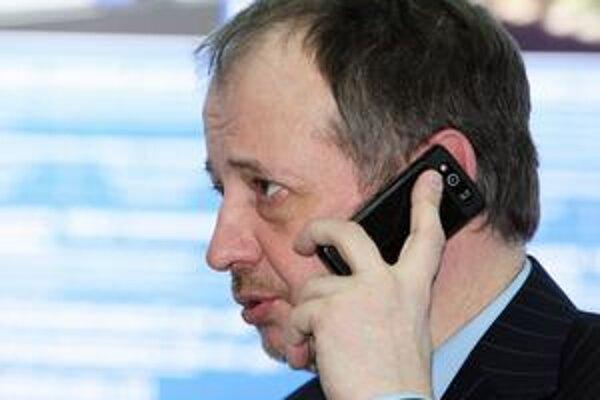 Vladimir Lisin.