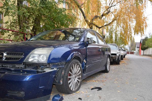 Nehoda na Doležalovej ulici.