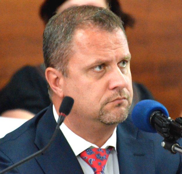 Primátor Martina Andrej Hrnčiar vyhlásil, že ktokoľvek má právo podpísať sa pod akúkoľvek petíciu.
