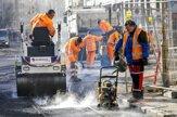 Na Špitálskej už asfaltujú vozovku