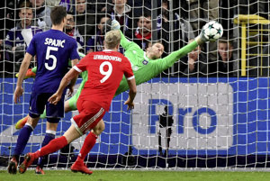 Hráči Bayernu vyhrali v Bruseli 2:1.