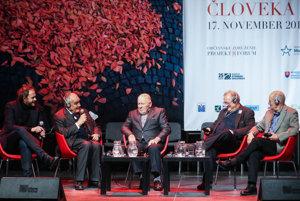 Na Stredoeurópskom fóre minulý rok diskutoval Michal Havran s Karlom Schwarzenbergom, Miroslavom Kusým, Adamom Michnikom a Miklósom Harasztim.