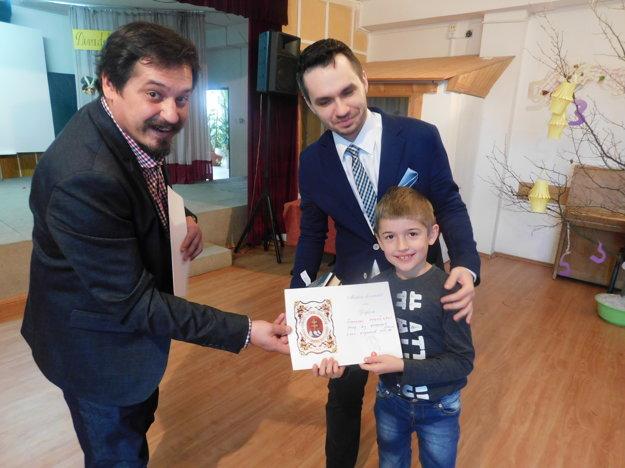 Cenu za najlepší herecký výkon odovzdali Šimonovi Ondočkovi.