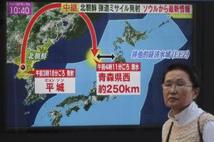 Japonská televízia informuje o severokórejskom teste.