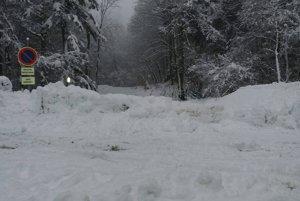 Snehu na Stráňach napadlo neúrekom.