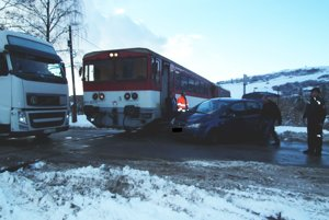 Ľudia zo Zábiedova si nepamätajú, že by na tomto priecestí niekedy v minulosti bola nehoda vlaku s autom.
