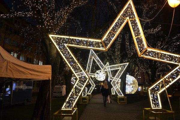Na námestí v Poprade pripravujú počas vianočných akcií zvýšené bezpečnostné opatrenia.