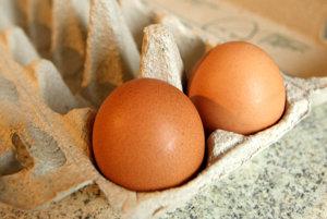 Vitamín D sa nachádza aj vo vajciach.