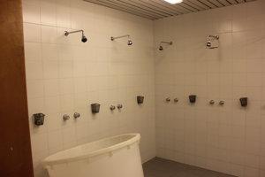 Sprchy, kde sa umýva aj Marek Hamšík.