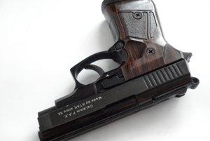 Španieli prerábali plynové pištole od tureckej firmy Atak Arms.