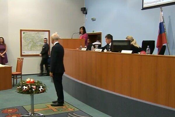 Na druhom zasadnutí ŽSK zložil sľub Štefan Zelník.