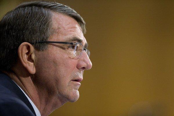 Americký minister obrany Ash Carter.