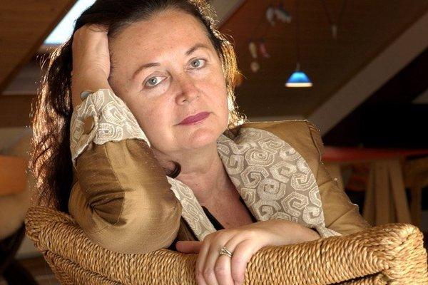 Irena Brežná.