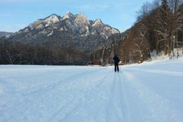 Pieniny v zime. Ponúkajú kilometrov upravených bežeckých tratí.