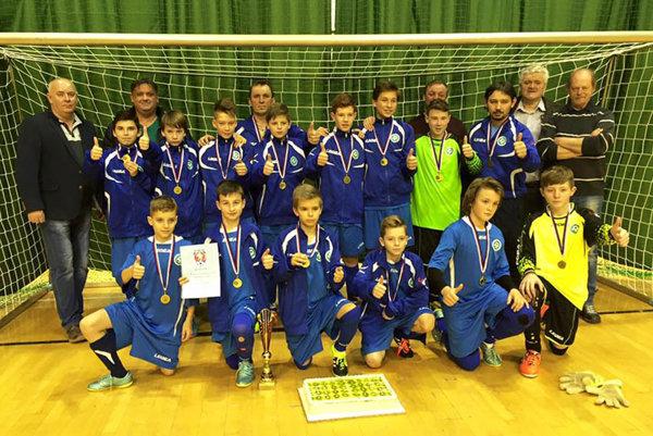 Výber ObFZ Nitra U13 triumfoval na halovom turnaji v Olomouci.