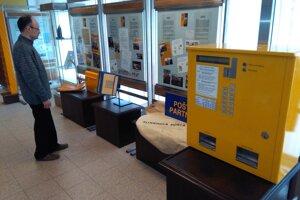 Vystavujú predmety späté s históriou pošty.