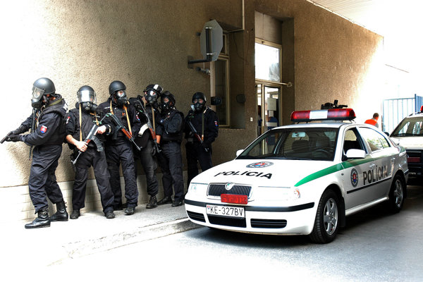 Čriepky policajnej práce. Aj policajti zažívajú vtipné chvíle.