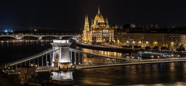 Budapešť. Széchenyi Lánchíd.