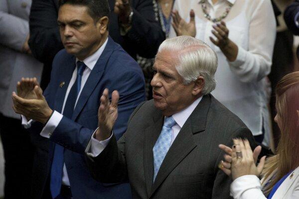 Barboza uviedol, že Venezuelčania chcú pokojné riešenie ekonomickej a politickej krízy.