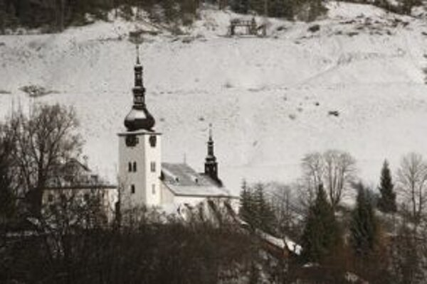 Pôvabná obec s bohatou baníckou minulosťou