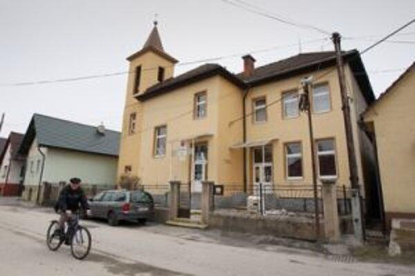 Ohrozená je aj málotriedna škola v Šalkovej