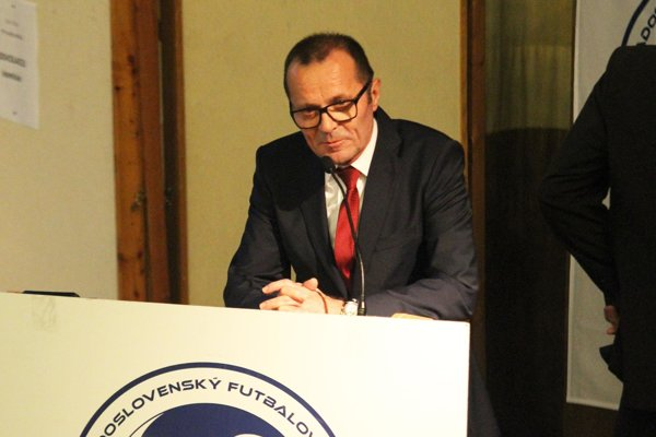 Ladislav Gádoši sa stal staronovým predsedom ZsFZ.