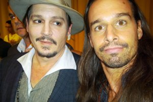 Johny Deep a Sancho Martin (vpravo).