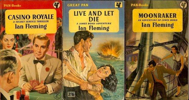 Obálky prvých vydaní románov o Jamesovi Bondovi. Ian Fleming vtedy ešte netušil, aký kultúrny fenomén vytvoril. Prvý román, Casino Royale, vyšiel v roku 1952.