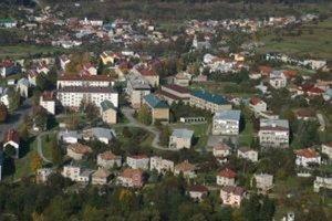 Obec Valaská. Novozvolený starosta má prevziať funkciu o pár dní. Ešte tu môže byť horúco.