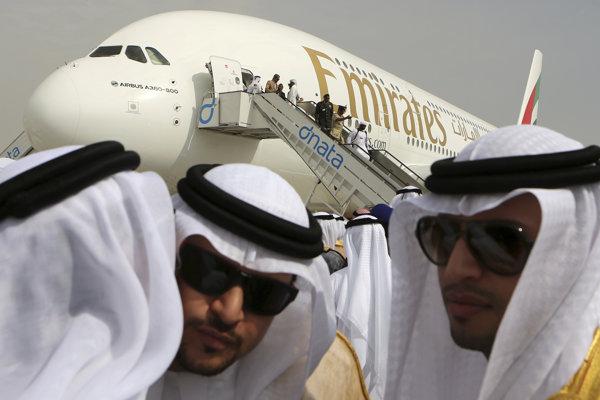 Lietadlo leteckej spoločnosti Emirates Airbus A380.