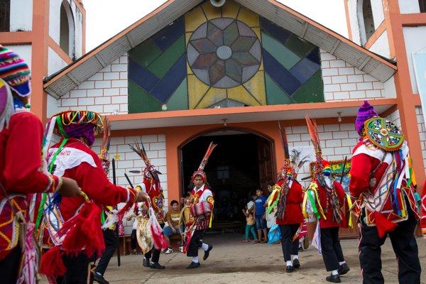 Pápež František sa v Peru stretne s domorodcami z povodia Amazonky