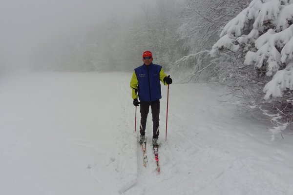 V zime sa Smetana venuje behu na lyžiach.