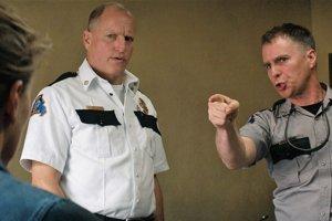 Woody HaRockwell vo filme Tri billboardy kúsok za Ebbingom. Obaja sú nominovaní na Oscara.