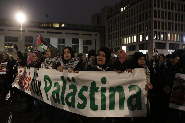 Demonštrácia na podporu Palestíny v nemeckom Berlíne.