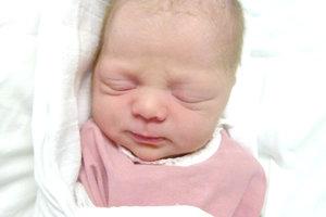 KATARÍNA Jakušová z Kukučínova prišla na svet 8. januára rodičom Kataríne Héderváriovej a Petrovi Jakušovi. Prvorodená Katka po narodení merala 46 cm.
