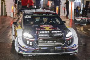 Francúz Sébastien Ogier vedie po dvoch rýchlostných skúškach na Rely Monte Carlo.