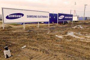 Výstavba závodu Samsung vo Voderadoch v roku 2008.