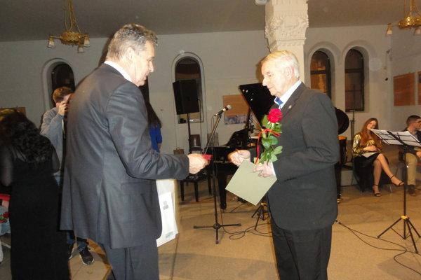 Jedno z ocenení Srdce na dlani dostal aj Vladimír Libant.