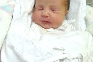 Kataríne Bielikovej z Hronských Kľačian sa narodila 22. januára dcérka KRISTÍNA. Malý Kristínka po narodení merala 48 cm a vážila 2,85 kg. Sestričku čaká doma 1-ročná Veronika a šťastný otec Pavol.
