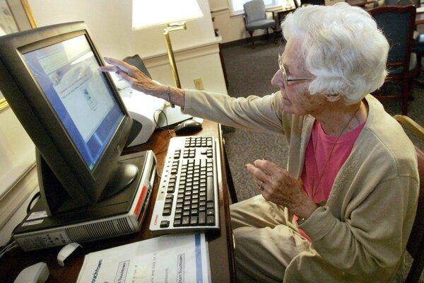 Denný stacionár by zabezpečil seniorom aj záujmovú činnosť.
