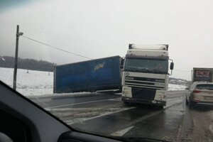Predpoludňajšia nehoda v Lipníkoch (okres Prešov).