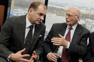 Ladislav Kačáni (vpravo) na fotografii z roku 2011.