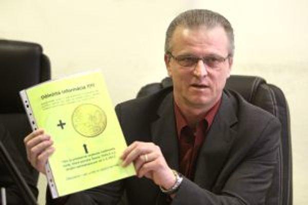 Zamestancov trápia dva veľké problémy, hovorí Stanislav Ľupták.