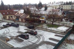 V Piešťanoch sa sneh už stihol aj rozpustiť.