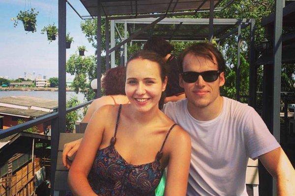 Viktória Karolová a Petr Pěrina si pred nástupom na magisterské štúdium v Londýne urobili ročnú prestávku.