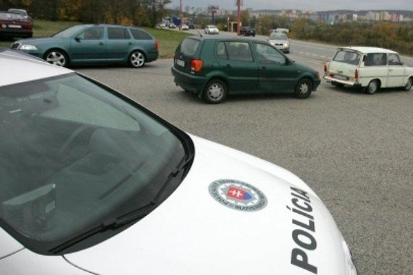 Poverený policajt začal v tejto súvislosti trestné stíhanie vo veci trestného činu usmrtenia.