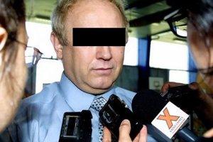 František C. Z prominentného robotníka VSŽ sa stal šéf dcérskej firmy Ferrost. V roku 2003 na súde tvrdil, že zodpovednosť za tunel na neho zviedli iní.