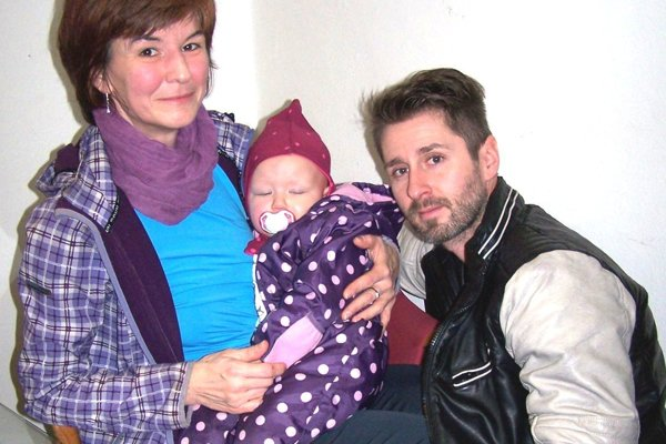 Rodičia Lenka a Marián s ich milovanou dcérkou.