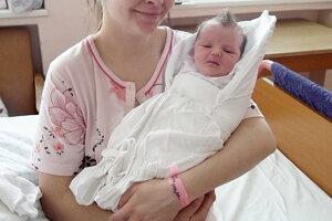 Markéte Plánavskej a Pavlovi z Bytče sa 12. februára narodila dcérka Markétka (3300 g, 49 cm). Sestričke sa potešil aj 2-ročný Tobiáško.
